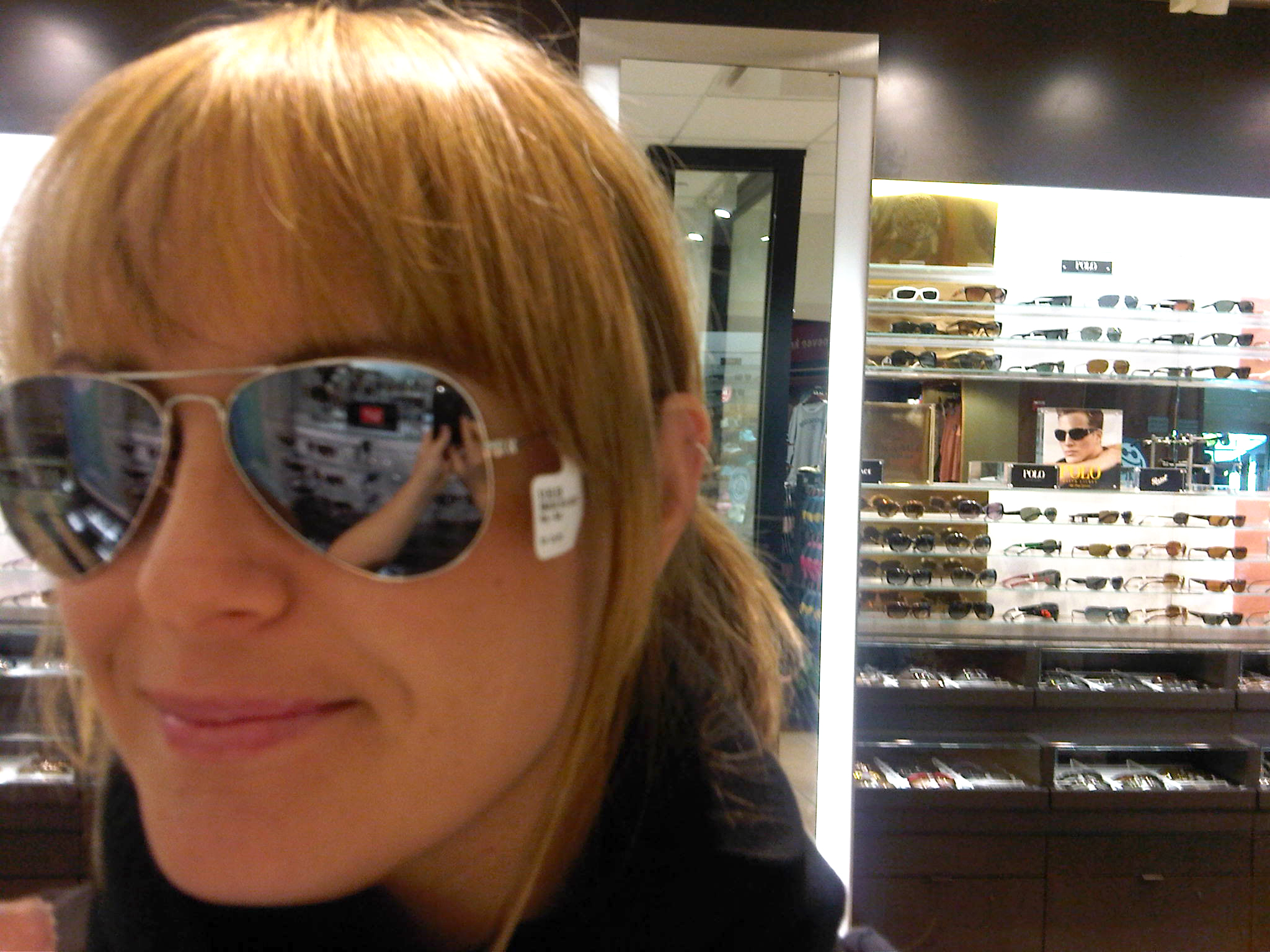 ray ban large metal  Sunglass Options for the Summer (it\u0027s coming, right?) - Fashables