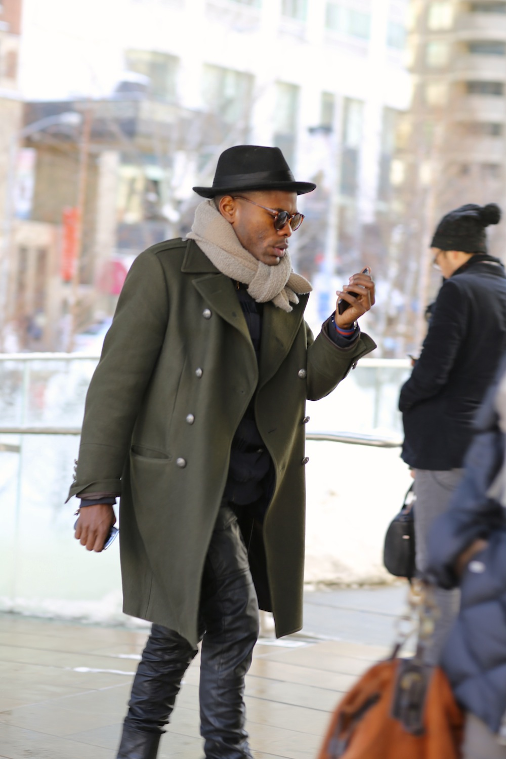 Street Style Fashion: Outerwear & Shoes