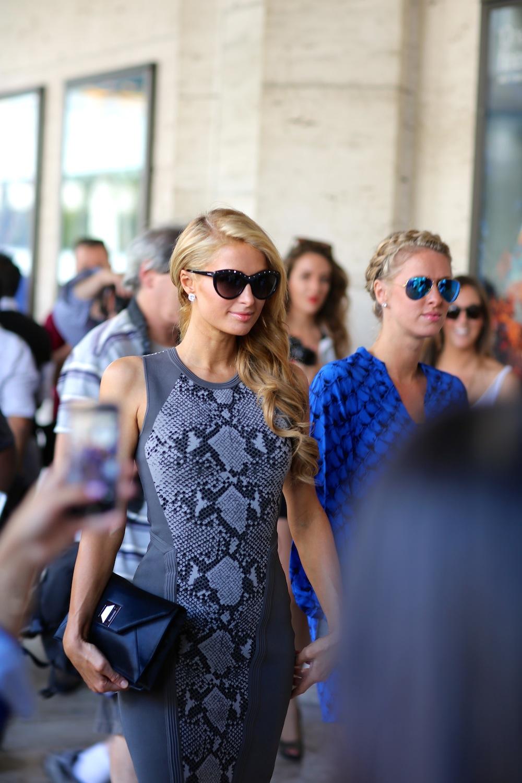 Street Style Fashion: Paris Hilton